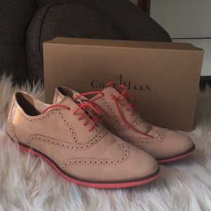 Cole Haan Gramercy Oxford. Like New.